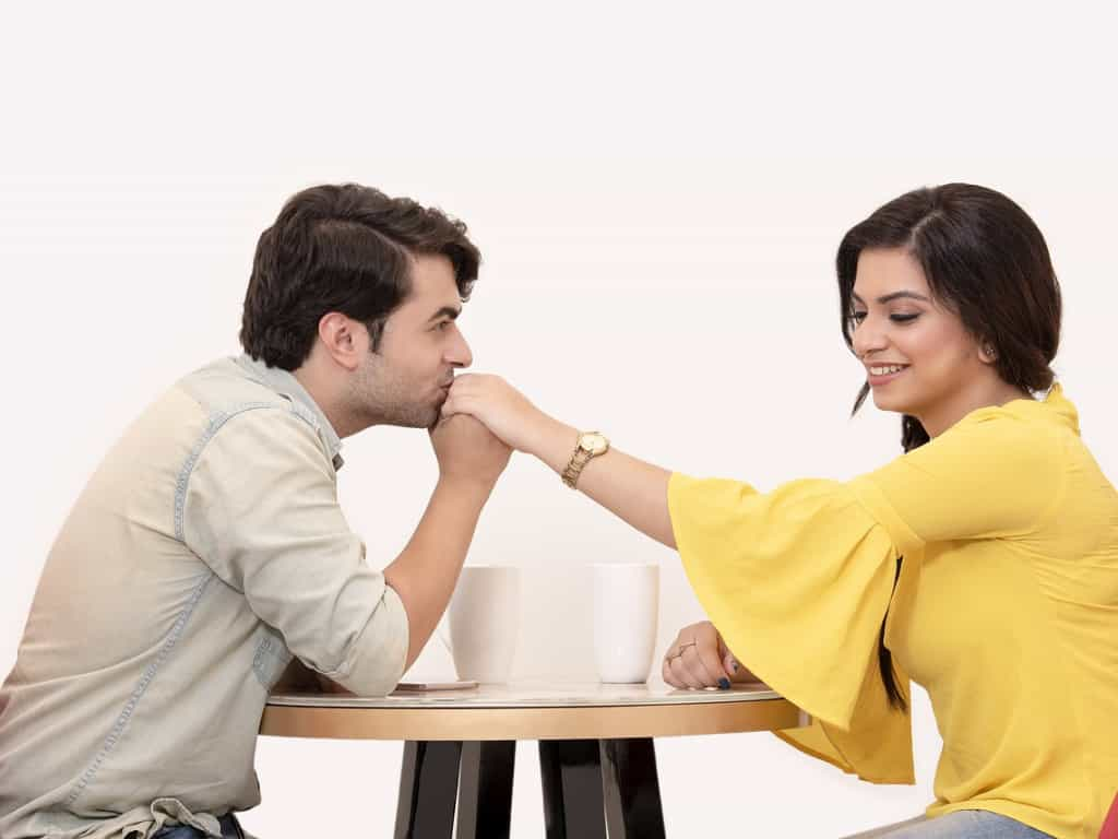 24 Smart Tips & Tricks To Impress Your Crush - Expert Guide